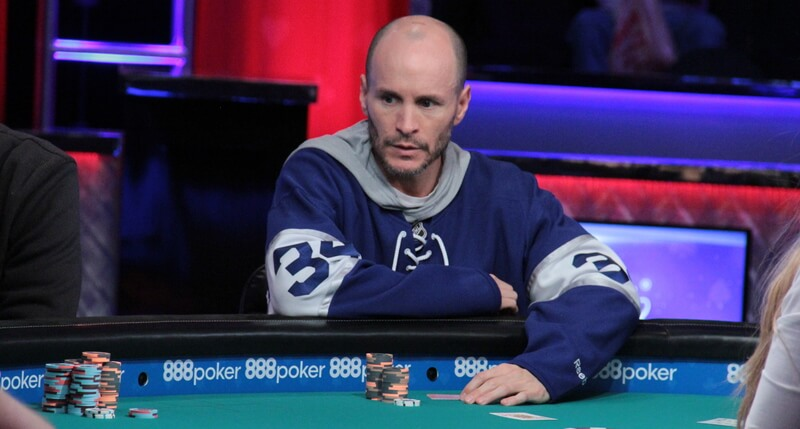Wallenstein Blinds Out Leah In 25 000 Heads Up Holz In Semi Finals